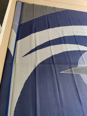 Reversible outdoor/indoor mat - 12x9 feet for Sale in Austin, TX