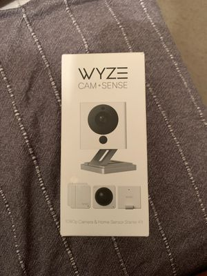 Wyze wifi camera and sense starter kit for Sale in Tampa, FL