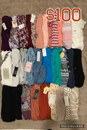 WOMENS JUNIOR CLOTHES BUNDLE🌺NEW🌺SMALL🌺32 PIECES FOR $100 for Sale in Bellflower, CA