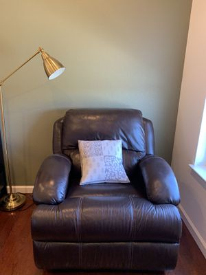 Leather recliner and rocket chair for Sale in San Carlos, CA