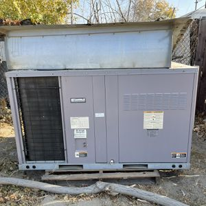 Kenmore AC Unit for Sale in Bakersfield, CA
