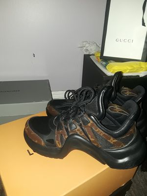 Louis Vuitton sneakers, sz43 for Sale in Revere, MA