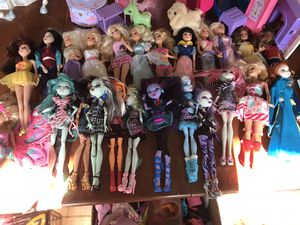 Barbies and monster high for Sale in Montrose, CO