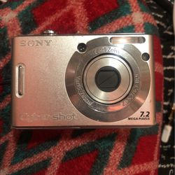 Sony 2.7 Camera for Sale in Minneapolis,  MN