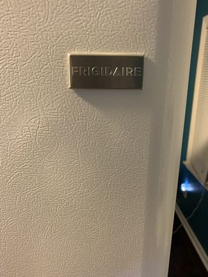 NEW FRIGIDAIRE REFRIGERATOR for Sale in Columbus, OH
