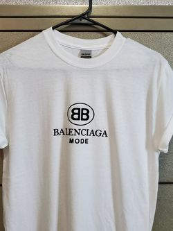 Balenciaga Logo Tshirt Size S,M,L XL UNISEX for Sale in Fort Myers,  FL