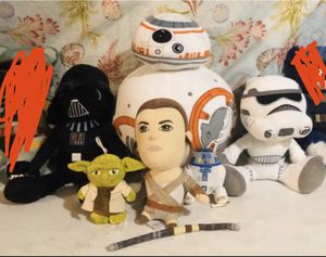 Star Wars plushies and book. for Sale in Goodyear, AZ