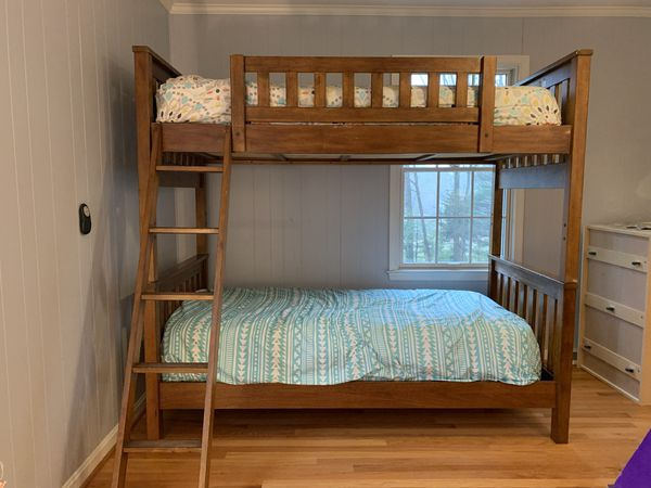 Ethan Allan Bunk Beds- Sturdy $199
