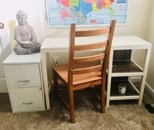 Desk and Chair combo for Sale in Lithia Springs, GA
