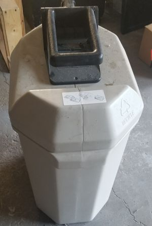 Can crusher with can for Sale in Oswego, IL