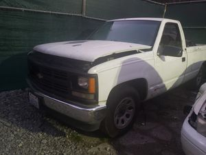 1995 Chevy C2500 / K2500 parts / parting out for Sale in Lynnwood, WA
