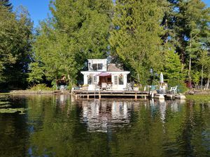 Cabin on Lake Sawyer Island for Sale in Issaquah, WA