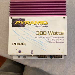 Pyramid Reno Series Amplifier for Sale in Bend, OR