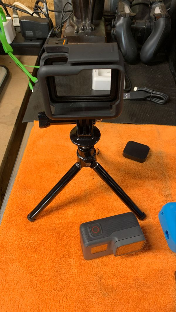 GOPRO HERO 5 Black with Tons of Extras Included!!