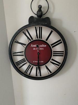 Antiquities clock it doesn't work for Sale in Alexandria, VA