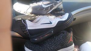 9 1/2 Jordans grey Air Maxes 10 white Air Maxes 10 and 1/2 for Sale in Vineyard, UT