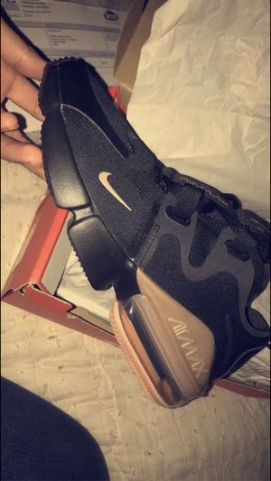 Nike shoes Size 6 for Sale in Moreno Valley, CA