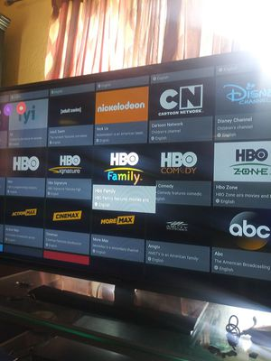 4K Android TV BOX w/warranty inbox dor details for Sale in Long Beach, CA