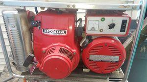HONDA GENERATOR 2500 WATTS for Sale in Chicago, IL
