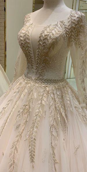 Wedding Dress for Sale in Dearborn, MI