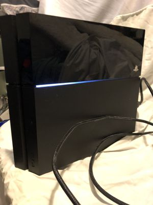 PS4 500gb pre-owned with EXTRAS for Sale in Becker, MN
