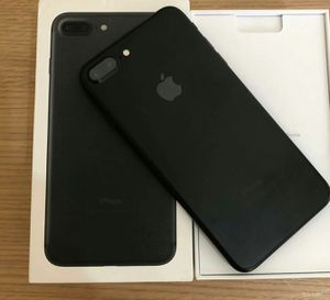 IPhone 7 Plus ,,UNLOCKED .  Excellent Condition  ( as like New) for Sale in Fort Belvoir, VA