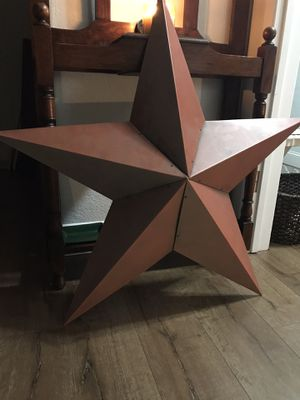 Beautiful wall decor huge farmhouse distressed vintage antique star taller then 3 ft for Sale in Woodbridge, CA
