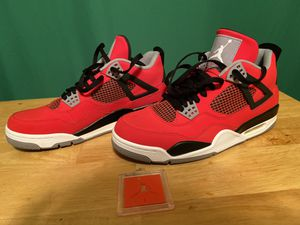 Toro 4 Bravo VNDS (Size 10) for Sale in Columbia, MO