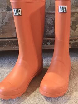 MB Rain Boots Girls Size 3 for Sale in Mount Laurel Township,  NJ