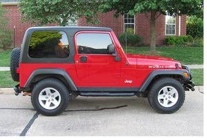 Super clean 2004 Jeep Wrangler 4WDWheelsss-verynice for Sale in North Providence, RI