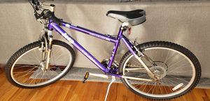 JEEP COMANCHE TOLEDO MOUNTAIN BIKE for Sale in Hoboken, NJ