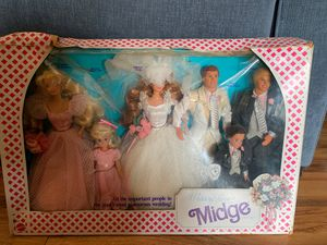 Vintage Midge Wedding Party Gift Set (Barbie Collectable) for Sale in Fontana, CA