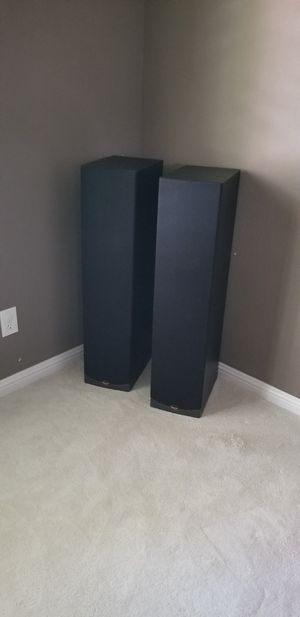 (2x) Klipsch RF35 tower speakers (excellent condition) for Sale in Stockton, CA