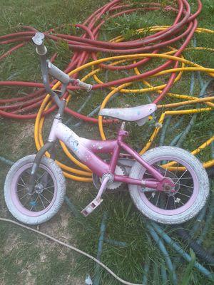 """Little girls bike 13"""" for Sale in Wichita, KS"""