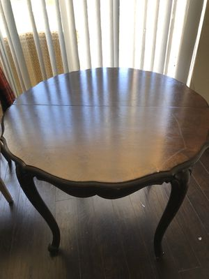 Antique dining table for Sale in Riverview, FL