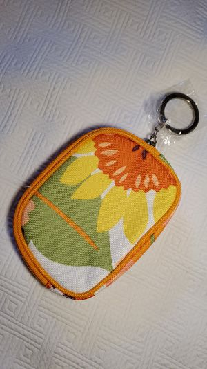 Brand New Clinique Coin Purse for Sale in Middleburg Heights, OH