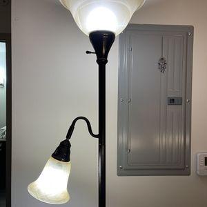Floor lamp for Sale in Deerfield Beach, FL