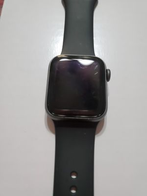 Apple watch series 4 42mm for Sale in Watauga, TX