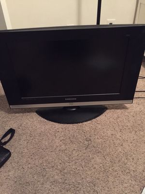 32 inch Samsung tv for Sale in West Los Angeles, CA