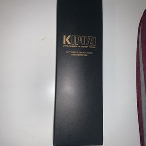 Kipozi Travel Mini Hair Straightener for Sale in Anaheim, CA
