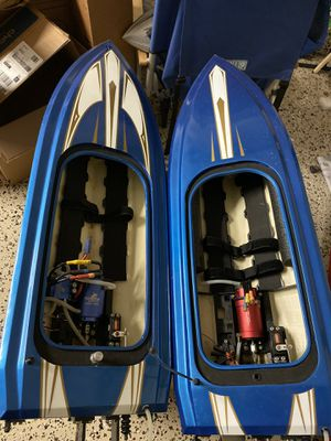 (2) Proboat Voracity Brushless 6s boats for Sale in Laguna Hills, CA