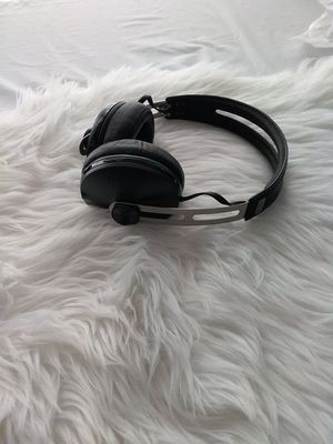Sennheiser HD1 The Headphone with Momentum Wireless Around Ear Headphones for Sale in Detroit, MI
