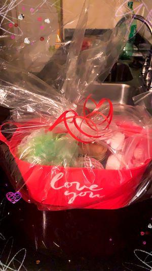 Valentine Day Spa Baskets for Sale in Hampton, AR