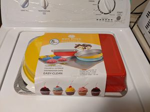 Culinary Edge 5PC Non Stick Bakeware Set for Sale in Brooklyn, NY
