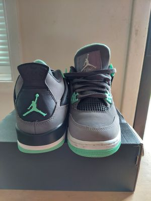 Air Jordan 4 Retro - Green Glow for Sale in Oakland Park, FL