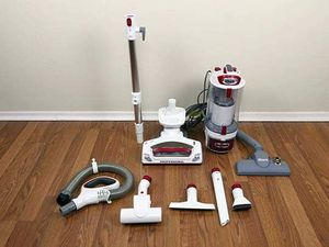 Shark professional rotator vacuum with attachments for Sale in Fresno, CA