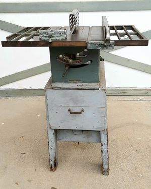 """Table Saw Vintage 1940s Atlas Power King American Made 8"""" & 7-1/4"""" Table Saw Complete & Good Working Condition for Sale in Chula Vista, CA"""