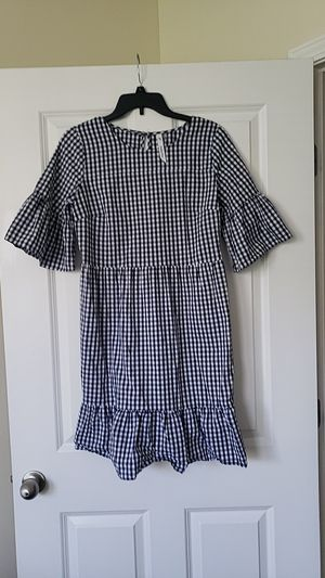 Size Medium bell short sleeve blue plaid dress for Sale in Nashville, TN