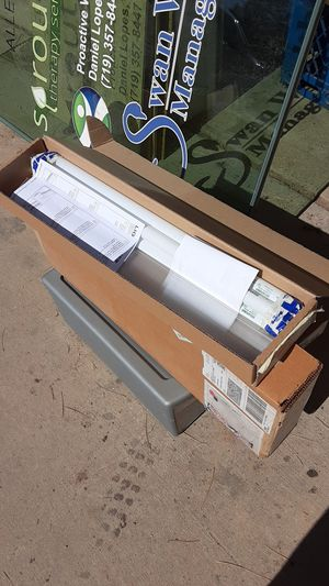 Fluorescent lights for Sale in Colorado Springs, CO