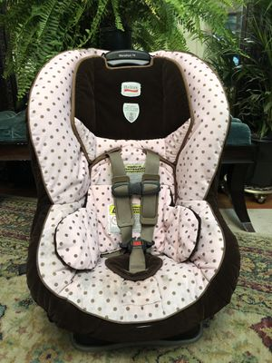 Britax Marathon 70 pink and brown polka dots for Sale in Ashland, OR